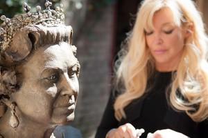 Frances_Segelman_Queen_Sculpture